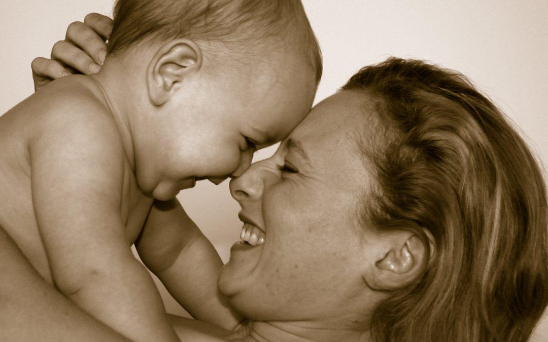 ¿Qué es el apego y cómo podemos fomentarlo con nuestros hijos/as?