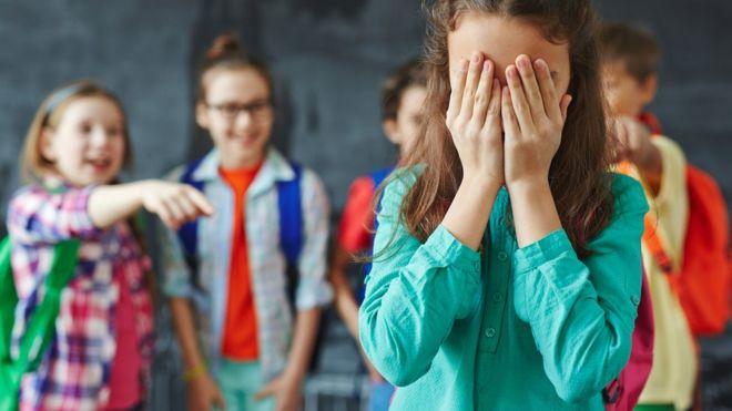 Cómo es KiVa, el exitoso método creado en Finlandia para combatir el bullying que están empezando a usar en escuelas de América Latina