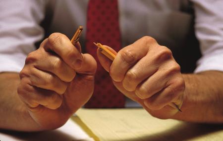 El estrés laboral: qué es, causas y síntomas